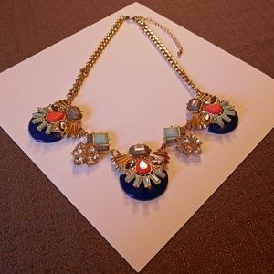 Jewelry - NWOT Blingy necklace